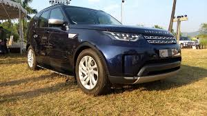 new land rover discovery new land rover discovery launched in india throttle blips