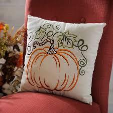 25 unique fall pillows ideas on autumn decorations