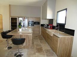 cuisine contemporaine en bois cuisine contemporaine maillane cuisine en bois élèctroménager