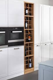 cuisine range bouteille meuble bouteille cuisine cuisinez pour maigrir