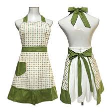 Apron Designs And Kitchen Apron Styles Vintage Aprons Retro Aprons And Patterns