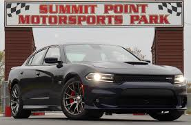 dodge charger srt hemi 2015 dodge charger same room more vroom the daily drive