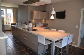 cuisine avec table ilot cuisine table manger galerie avec cuisine avec table intégrée