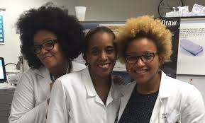 black doctor claims discrimination by airline during flight