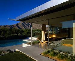 Midcentury Modern Home - architectural features of mid century modern homes palm springs