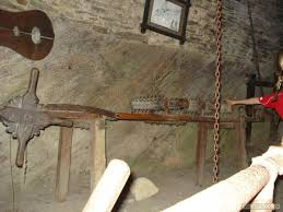 chambre des tortures photo la chambre des tortures le château de bouillon bouillon