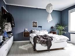Schlafzimmer Eiche Braun Braune Schlafzimmerwand Besonnen Auf Moderne Deko Ideen Plus Wand