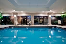 Comfort Suites Newport Holiday Inn Express U0026 Suites Newport News 2017 Room Prices Deals