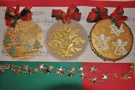 exquisite ornaments and bombka na recycled ornaments in