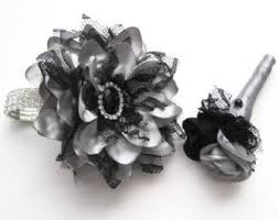 Black And White Corsage The 25 Best Bracelet Corsage Ideas On Pinterest Wrist Corsage