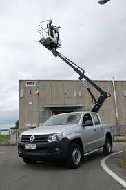 easy lift truck mounted aerial work platforms