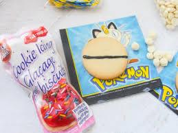 simple pokemon sugar cookies