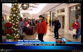 eddie bauer thanksgiving hours black friday u0027gang fight u0027 at woodland mall leads to chaos arrests