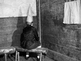 How To Make A Dunce Cap Out Of Paper - michigan eliminates dunce cap on charter schools p greene s