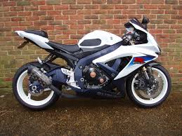 used suzuki gsxr 600 l0 2011 11 motorcycle for sale in kent 6400778
