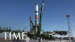 watch the international space station launch soyuz spacecraft from