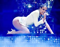 Hit The Floor Jennifer Lopez - jennifer lopez u0027s catsuit rips mid show at planet hollywood 98 5