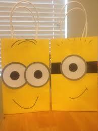 minion gift wrap best 25 minion gifts ideas on minion painting
