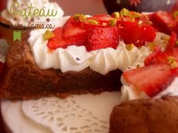 gateau cuisine gateau aux fraises chantilly et chocolat le cuisine de samar