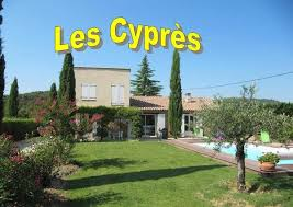chambres d hotes entrechaux bed breakfast entrechaux les cyprès