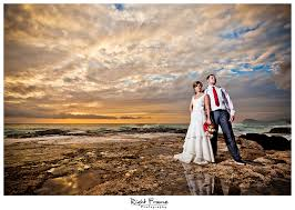 oahu photographers hawaii wedding photographer april by right frame