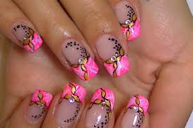 easy painted chain on pink nails video tutorial youtube