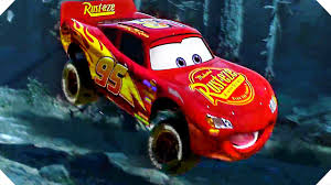 lightning mcqueen big jump in the forest cars 3 animation