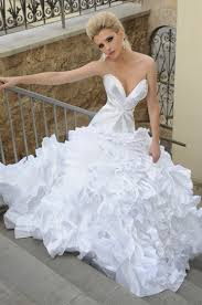stylish wedding dresses lucky accessories lucky fashion wedding dresses 2011 most