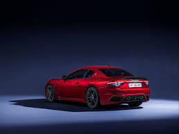 maserati granturismo blue 2018 maserati granturismo grancabrio debut new facelifts at