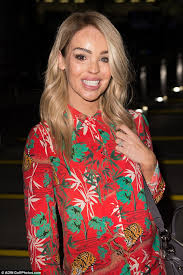 kyle richards hair extensions katie piper shows off her new hair extensions in london daily
