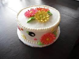 unique wedding shower cakes with bridal shower dress cupcake cake