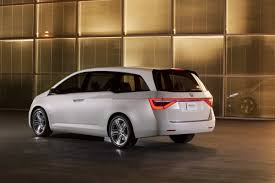 2010 minivan honda previews new odyssey minivan with a thinly disguised concept