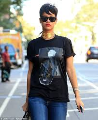rihanna hoop earrings rihanna steps out in hoop earrings as she self consciously