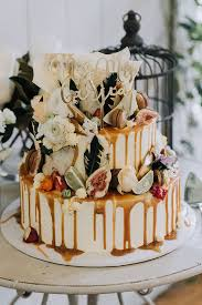 hello may inspiration wedding cake ideas
