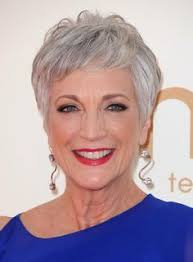 short grey hairstyles for women over 50 with fine wavy thin hair