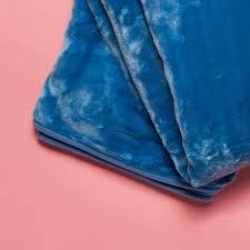 fellimitat teppich tagesdecken flauschige decken online kaufen butlers