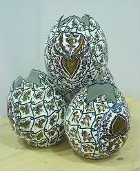 ceramic easter eggs ceramic easter eggs in nove thatsarte italian pottery journal