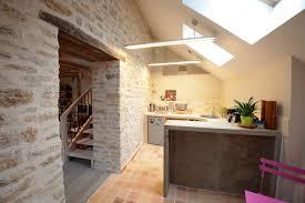 cuisine maison ancienne cuisine dans maison ancienne idées de design suezl com