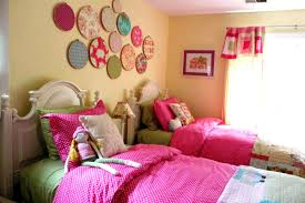 bedroom striking wall ornaments applied at wall of