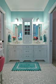 banheiros e lavabos teal white furniture and kid bathrooms