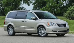 2016 chrysler town u0026 country overview cargurus