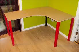 Build Basic Wooden Desk by 23 Diy Corner Desk Ideas You Can Build Today