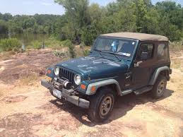 dark green jeep wrangler idle thoughts things that work my jeep wrangler at 300 000 miles