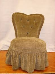 skirted vanity chair with heart shaped back design decofurnish