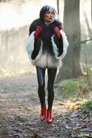 best 25 cruella deville costume ideas only on pinterest cruella