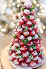 christmas desserts chocolate covered strawberry christmas tree