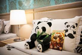cosmo hotel kuala lumpur unveils panda themed rooms u2013 tommyooi com