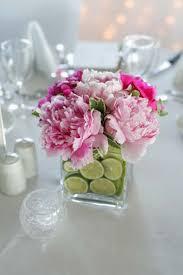 Cheap Centerpiece Ideas For Weddings by Des Centres De Table Romantiques Et Raffinés Avec Des Fleurs