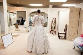Wedding Dress Bustle Dallas Wedding Planners Blog Dress Bustles Hitched Events Llc