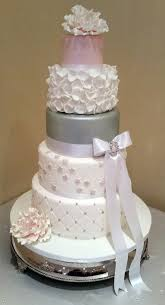 top 5 tips for ordering your wedding cake